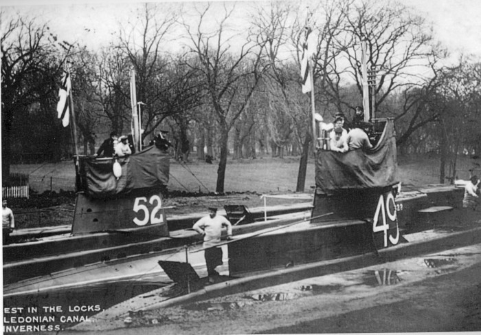 submarines at rest caledonian canal ww1