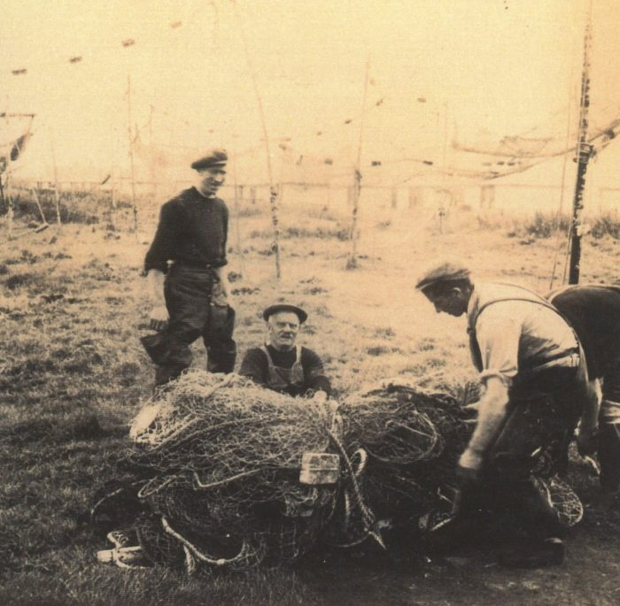 Left to right, as viewer looks. Hugh Ross [Hugha Jock], George Skinner [Geordie], John MacKenzie [Curly], Balintore nets August 1948.